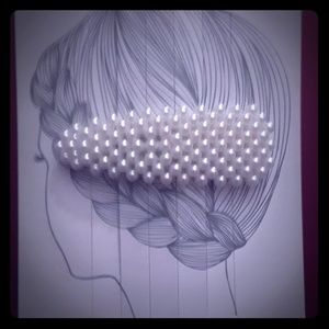 Beautiful Pearl Hair Clips